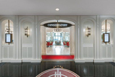 Grafias Antique Nickel Clear Satin @ The Conservatory Restaurant at Crown