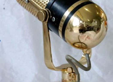 Pavonis Gold - John Laws gold plated microphone