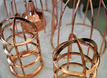 Copper to aluminium cage lighting